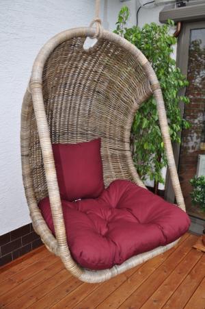 Závesná ratanová hojdačka BELLUCI - prírodná šedá