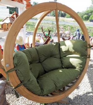 Závesné drevené kreslo LIONEL 1 bez stojanu Farba podušky: Zelená