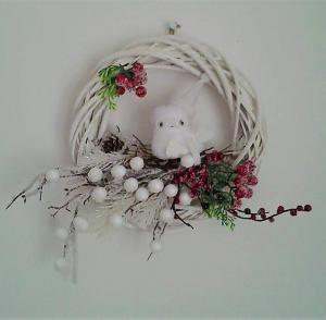 zimný veniec so sovou 25 cm