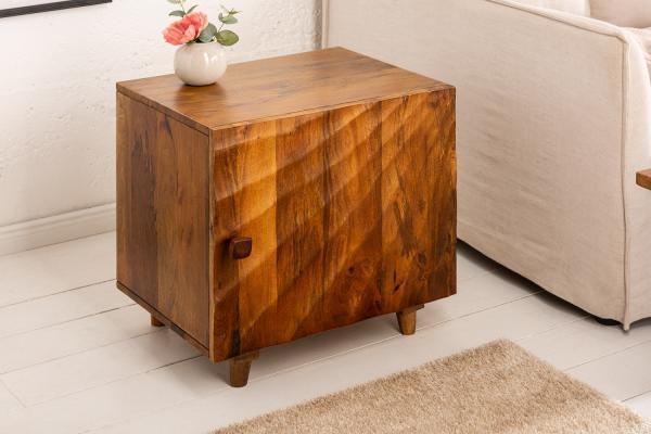 Dizajnový nočný stolík Shayla 50 cm hnedé mango