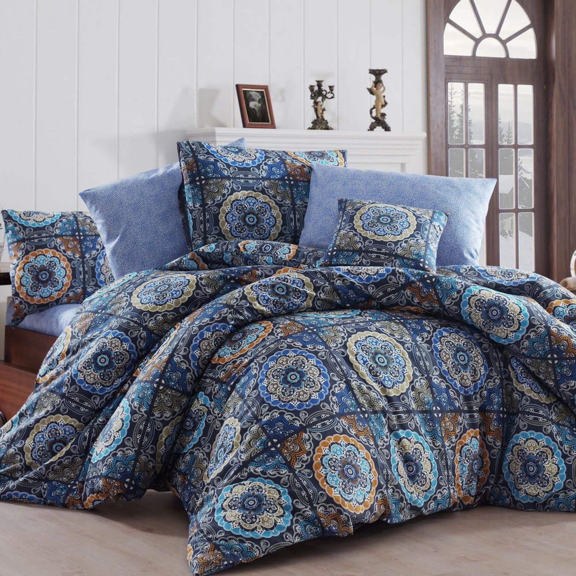 Modré obliečky s výrazným vzorom
