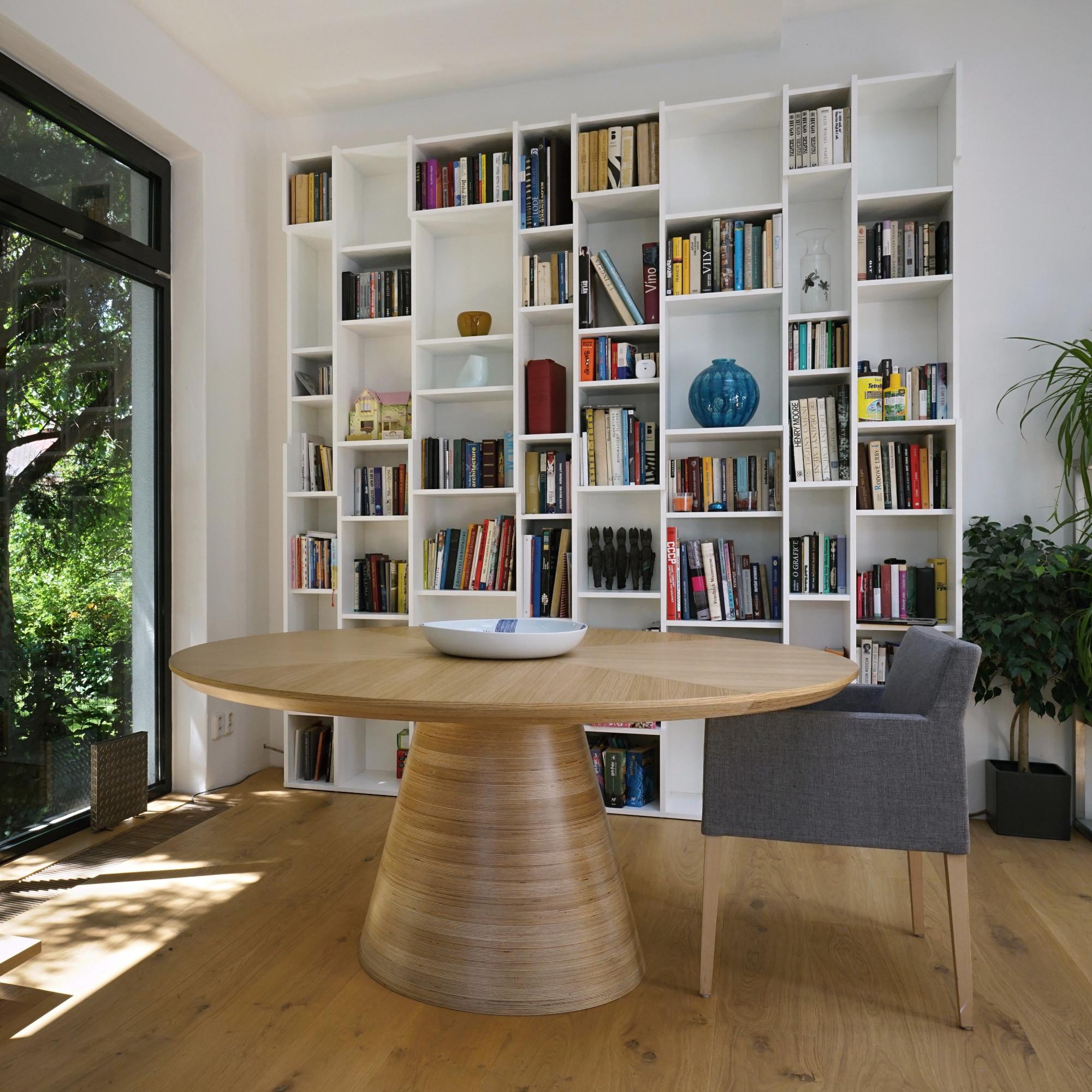 Okrúhly dizajnový stôl Brik Bangkok