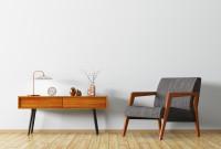 Retro stolík a kresielko so sivým čalúnením