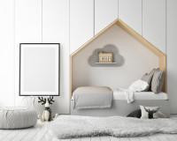 Domčeková posteľ vsadená do výklenku v stene