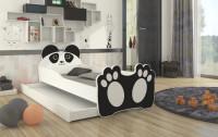 Detská izba zariadená čiernobielym nábytkom s motívom zvierat