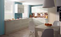 Matná biela kuchynská linka v klasickom dizajne