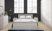 Spálňa s bielym moderným nábytkom