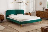 Retro spálňa so zelenou posteľou