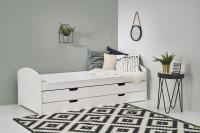 Biela posteľ s výsuvným matracom do študentskej izby