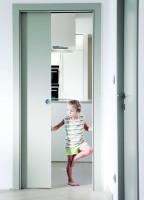 Svetlé posuvné dvere do kuchyne