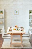 Drevený jedálenský stôl pre šiestich