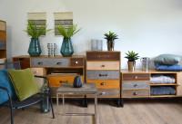 Zásuvkový retro nábytok do obývacej izby