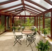 Súprava záhradného nábytku - okrúhly stôl so štyrmi stoličkami