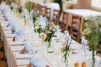 Svadobné stolovanie vo vidieckom štýle