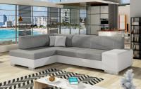 Moderná obývačka spojená s kuchyňou s nábytkom v svetlých farbách