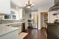 Kuchyňa s praktickou špajzou