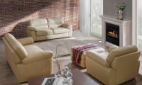 Obývačka s elegantnou sedacou súpravou z ekokože