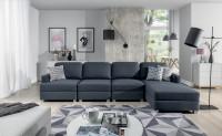 Obývacia izba v sivobielych farbách v romantickom štýle