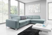 Moderná obývacia izba s rohovou sivou sedačkou