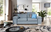 Obývacia izba so sivou rozkladacou pohovkou