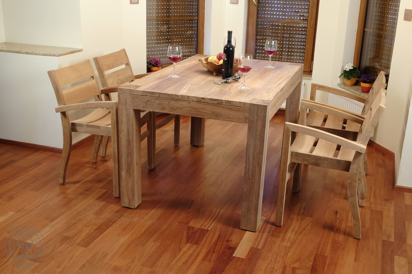 Súprava jedálenského nábytku z teakového dreva