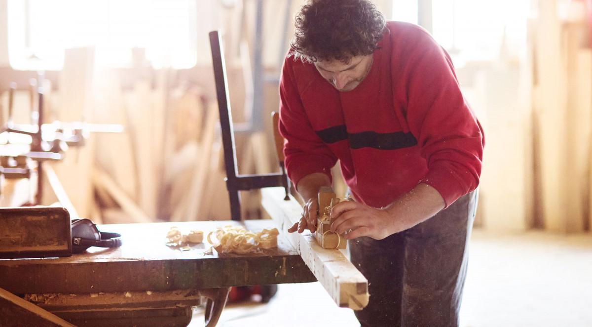 Ako sa rodí ručne vyrábaný nábytok manželov Otrubových