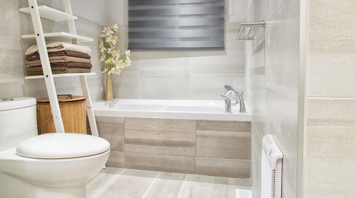 Ako zariadiť malú kúpeľňu