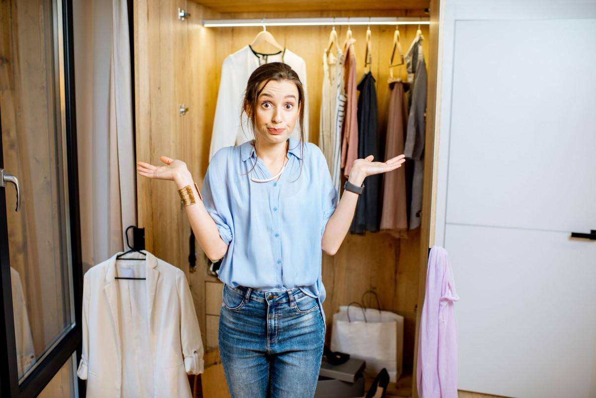 Vyberáme šatníkové skrine pre váš dokonalý šatník