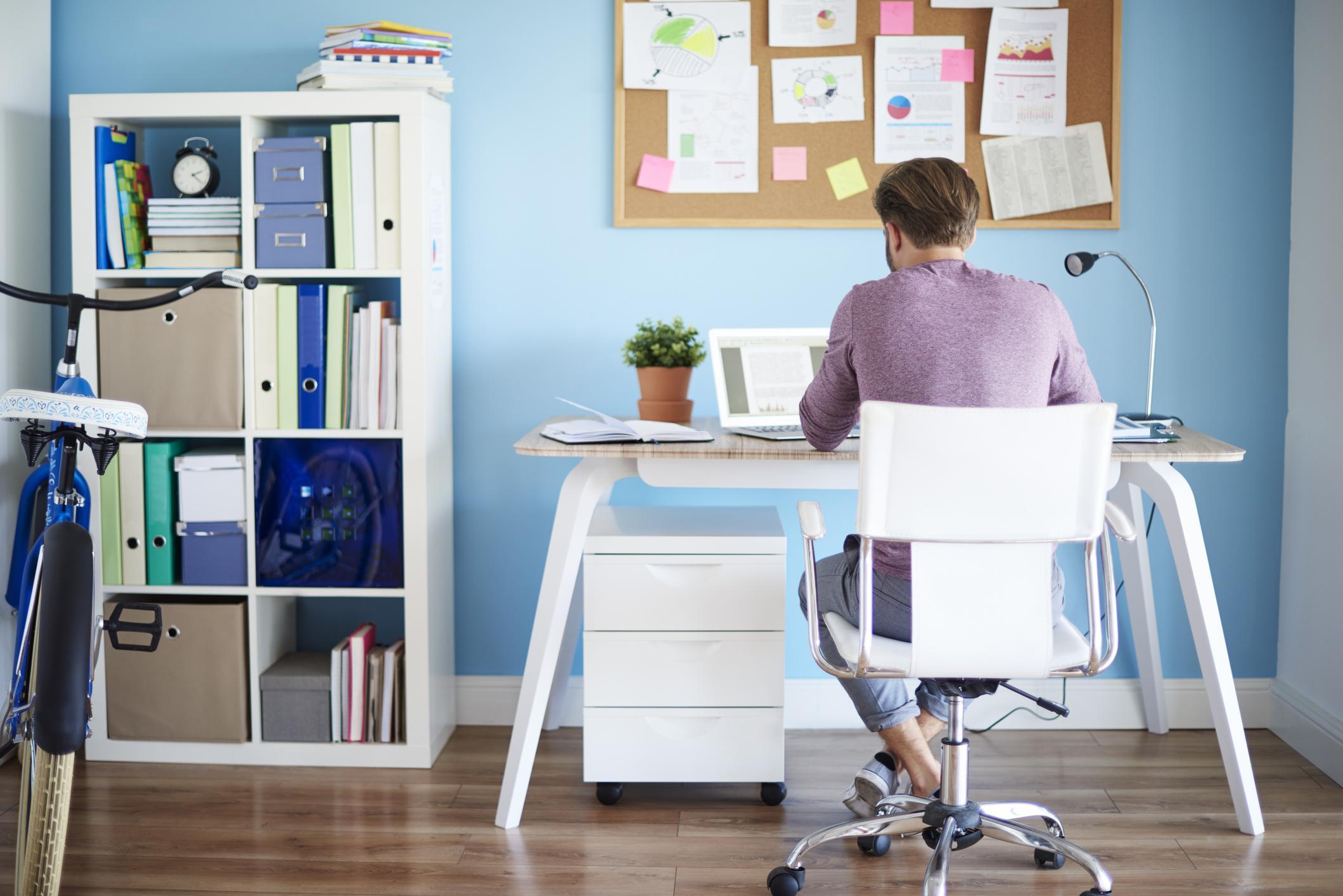 Zásady zdravého sedenia za pracovným stolom - #555