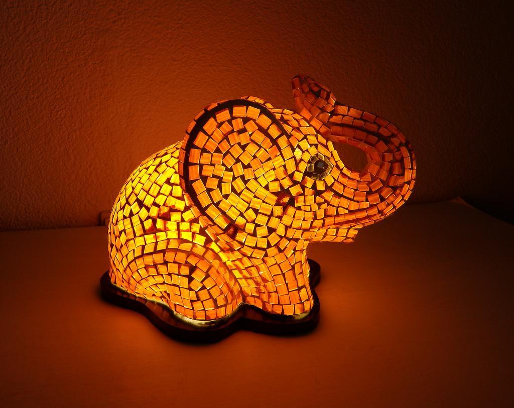 Detská nočná lampa SLONÍK