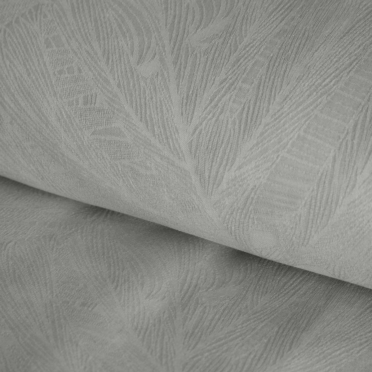 DomTextilu Strieborno sivé dámaškové bavlnené posteľné obliečky s reliéfnou štruktúrou kvetov 3 časti: 1ks 200x220 + 2ks 70x80 Sivá 3 časti: 1ks 200x220 + 2ks 70x80 44501-208130