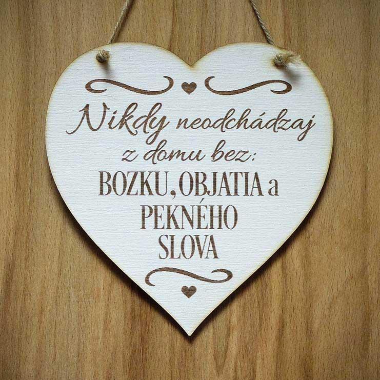 drevená tabuľka srdce S 014
