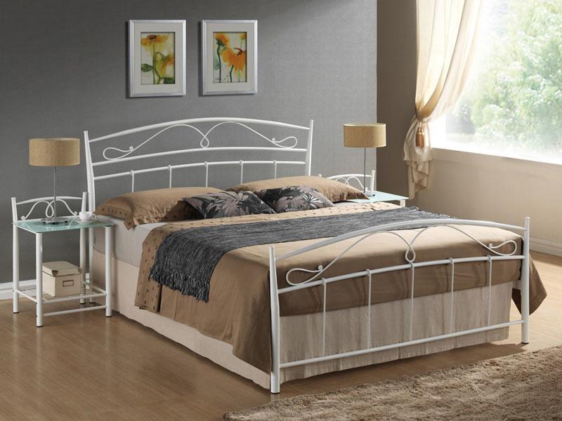 Eshopist Kovová posteľ SIENA 140 x 200 cm farba biela