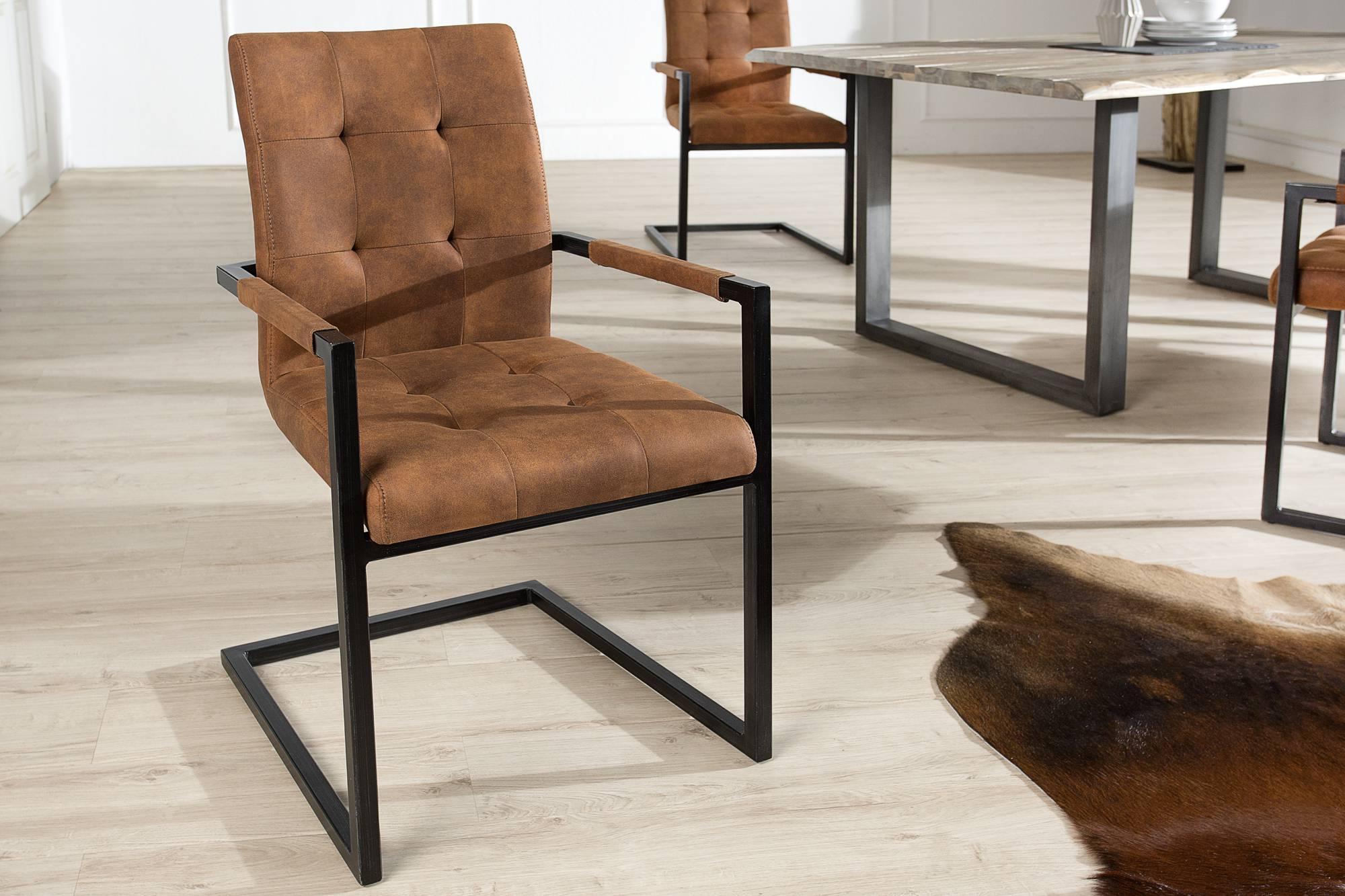 Jedálenská stolička vintage English hnedá s operadlom