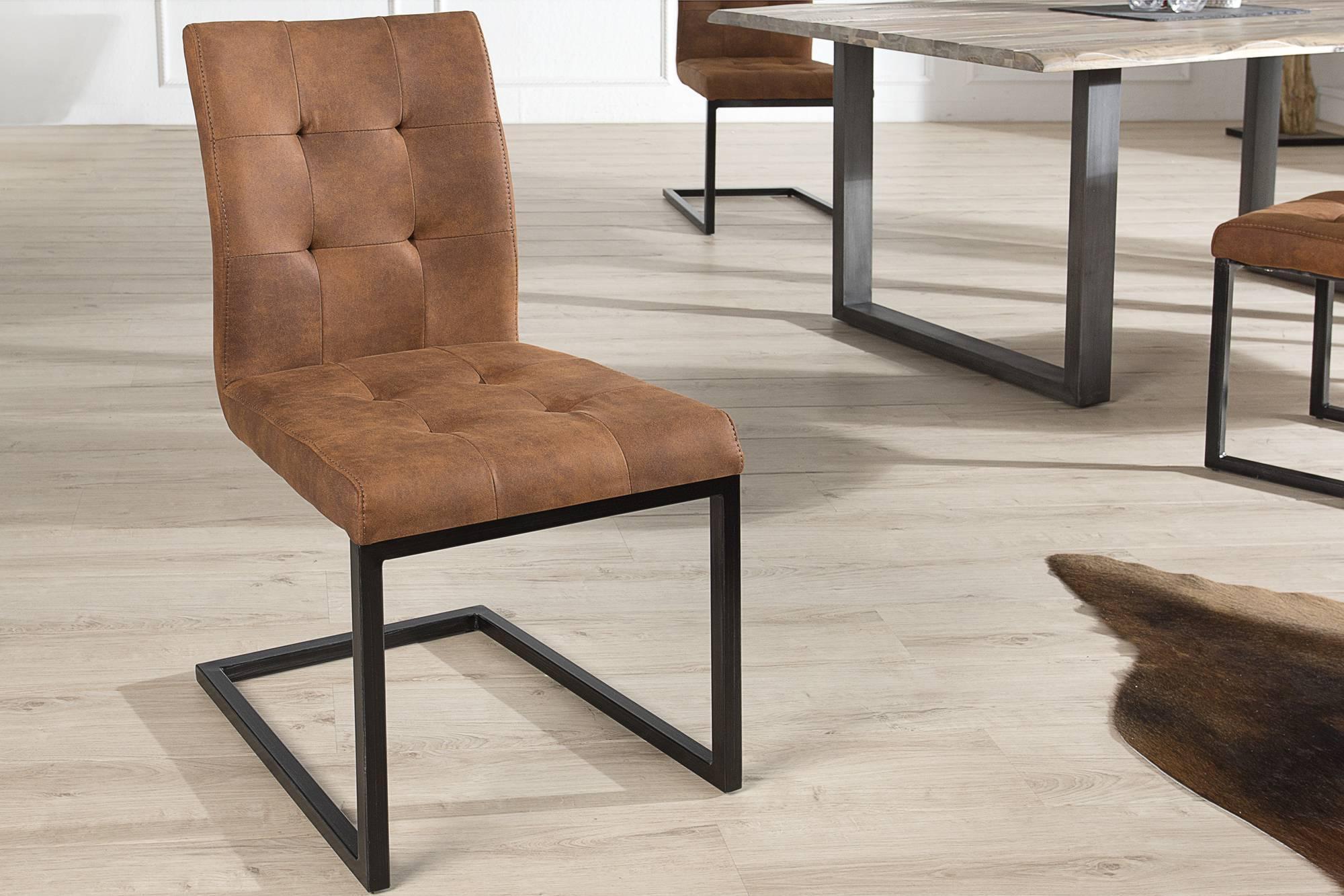 Jedálenská stolička vintage English hnedá
