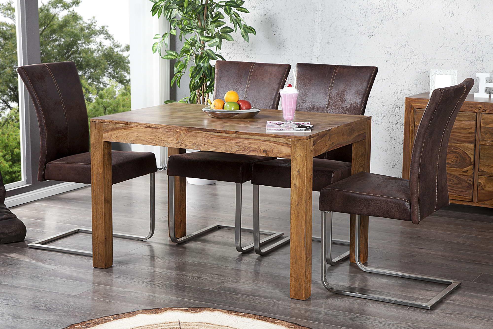 Jedálenský stôl z masívu Las Palmas 120