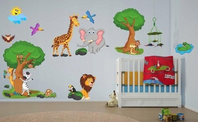 DomTextilu Krásna farebná detská nálepka na stenu madagaskar 60 x 120 cm 46597-217502