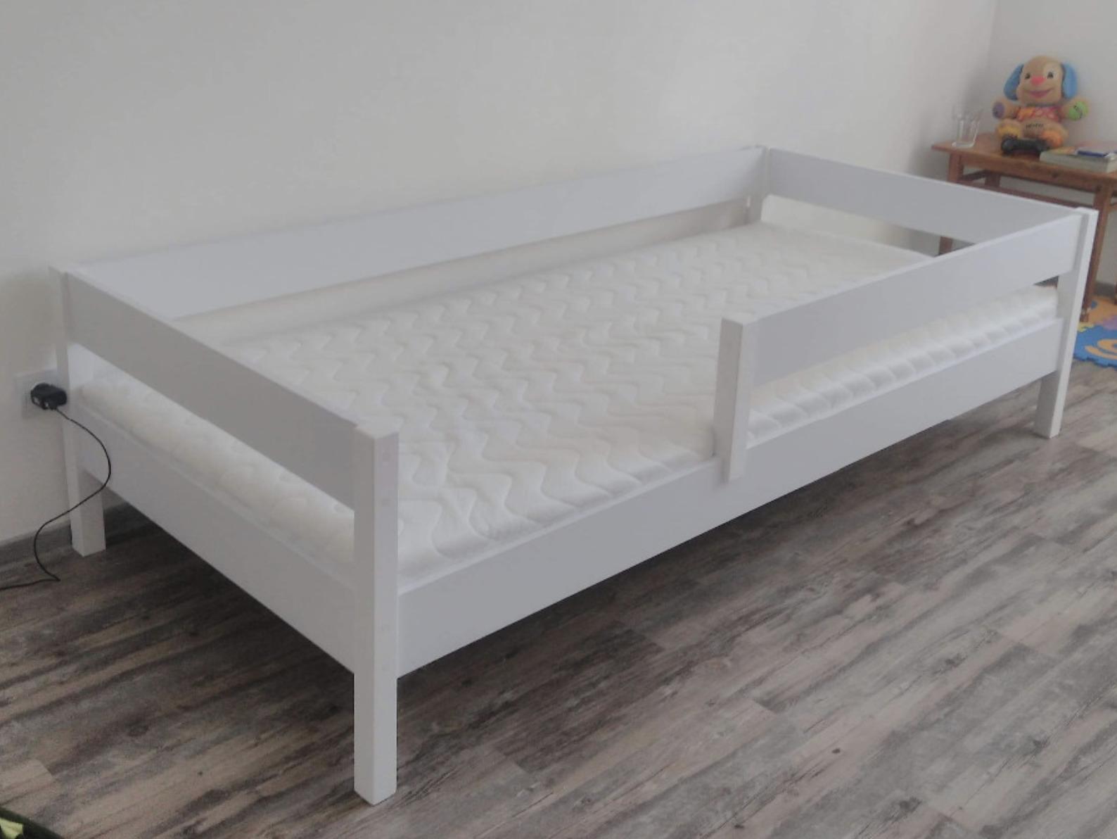 LU Detská posteľ so zábranou Mix - biela Rozmer: 200x90