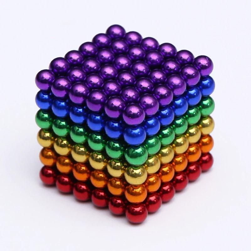 Magnetické guličky Neocube farebné 216ks, 3mm Isot9036