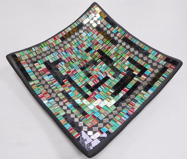 Misa dekoračná zelená, hranatá, ručná mozaika