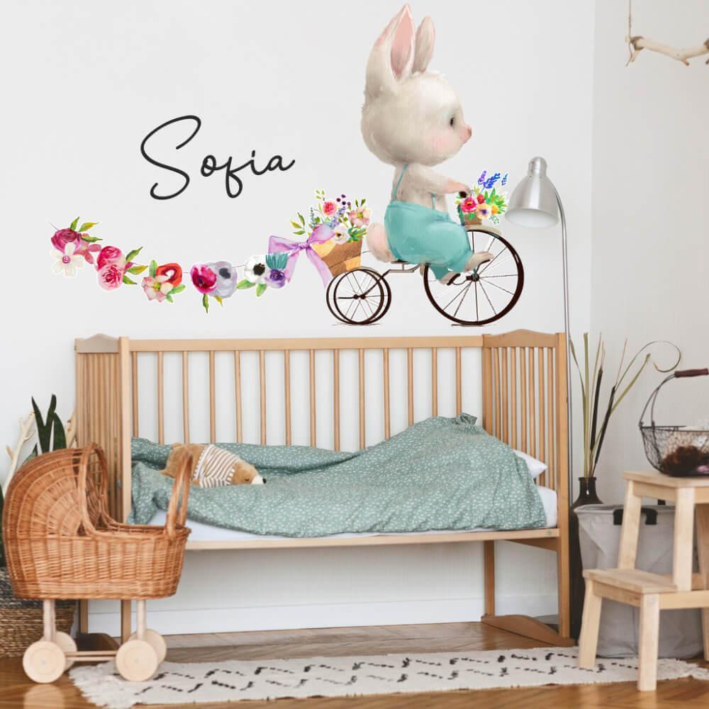 Nálepka na stenu s menom - Zajačik s kvetmi