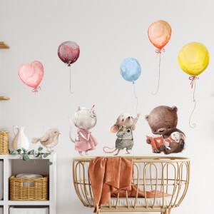 Nálepky nad postieľku - zvieratká s balónmi v pastelových farbách