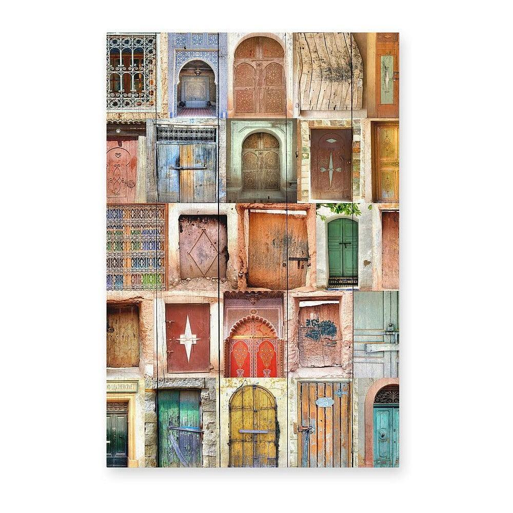 Nástenná ceduľa z borovicového dreva Really Nice Things Brown Doors, 40 × 60 cm