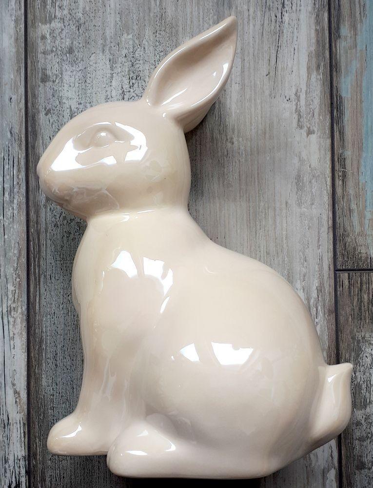 Perleťový krémový veľkonočné zajačik - 16*22 cm