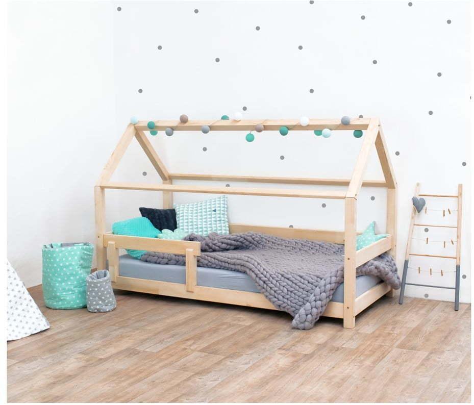 Prírodná detská posteľ s bočnicami zo smrekového dreva Benlemi Tery, 120 × 200 cm