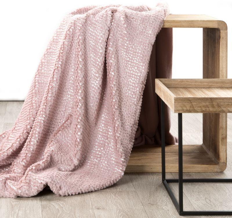 Pudrová deka HAVANA s kožušinovou textúrou a striebornou potlačou 200x220 cm BF
