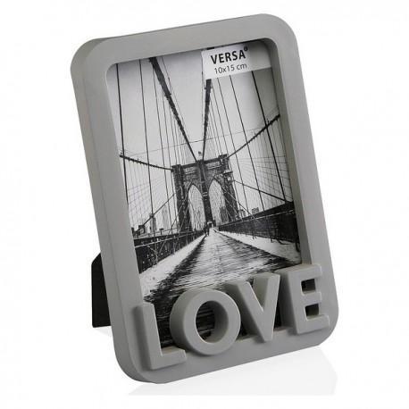 Rámček na fotografie s nápisom LOVE