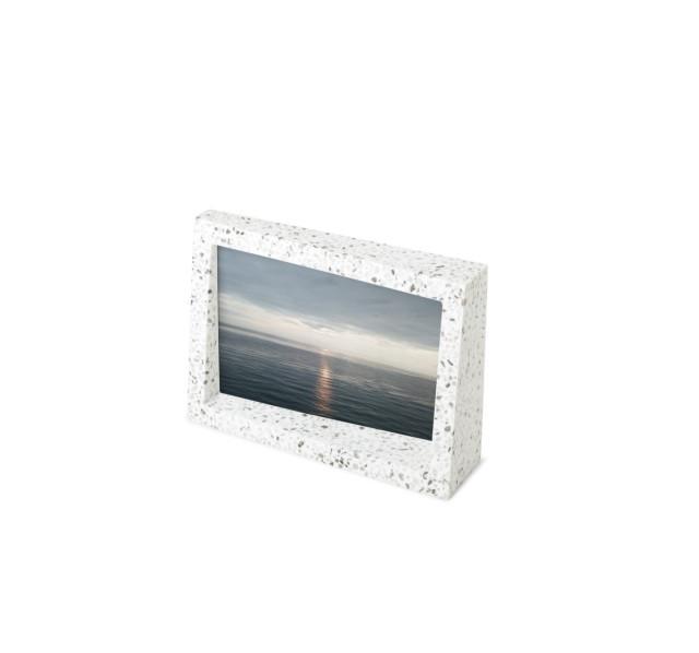 Rámeček na fotografii 10x15 cm Umbra EDGE TERRAZZO - šedý/multi