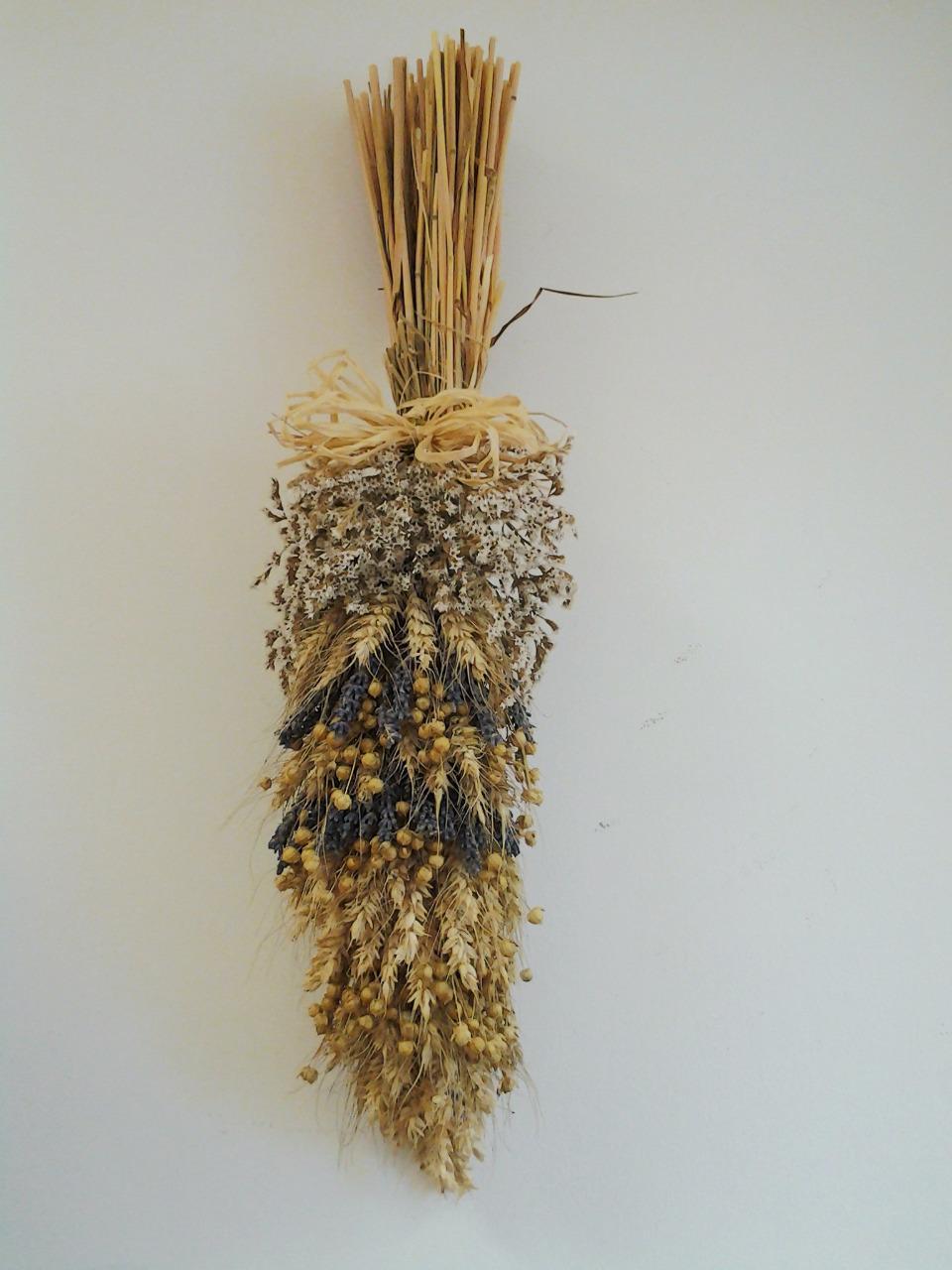 snop zo sušenýchh kvetov a levandule 15 x 20 cm
