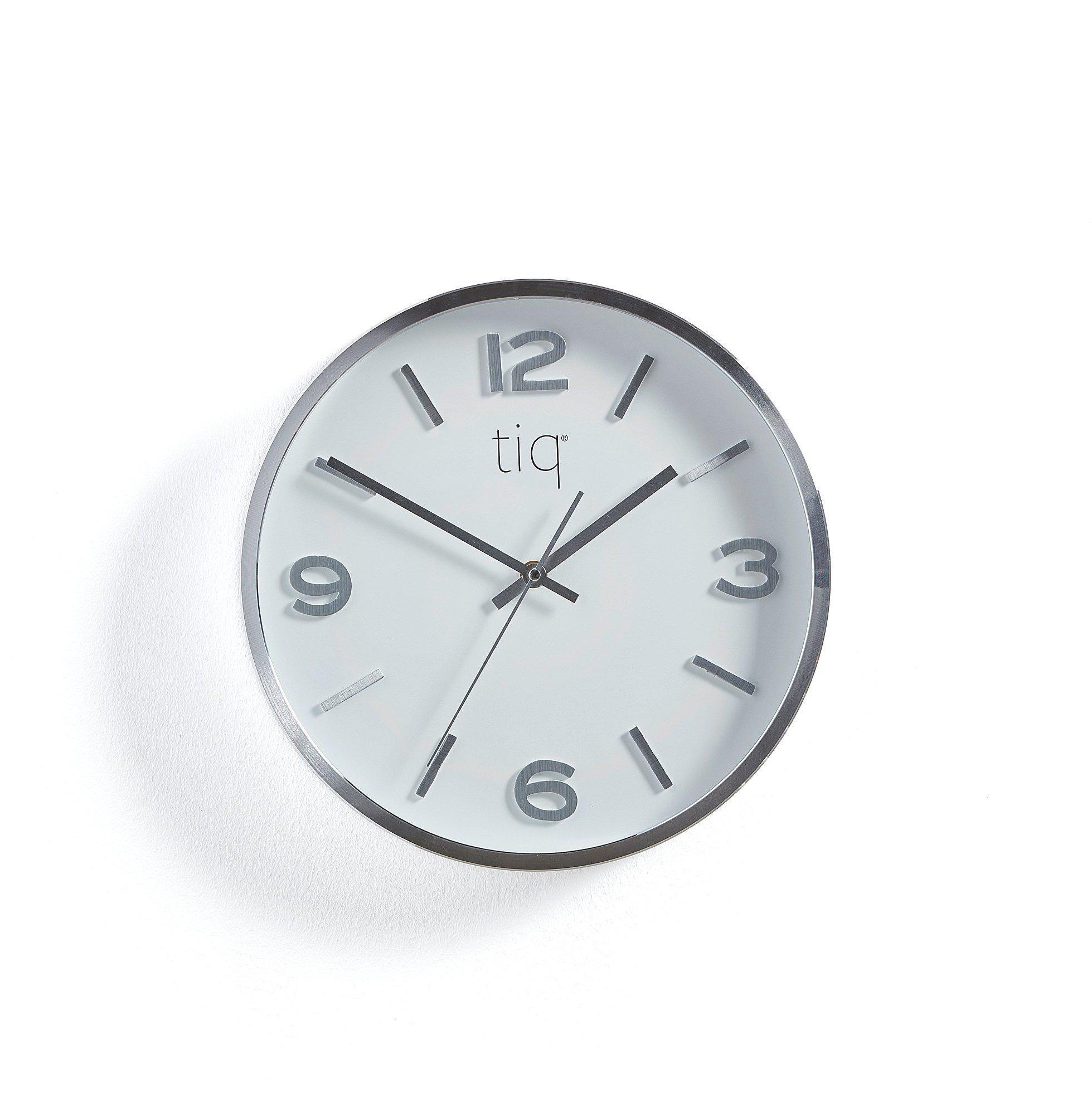 Tiché nástenné hodiny, Ø 300 mm, strieborné